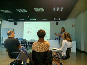 Gema Revuelta imparteix un curs sobre RRI a San Sebastián