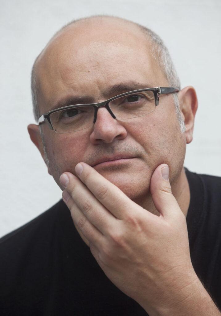 Óscar Menéndez